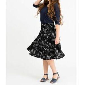 Black/White Floral Midi Skirt Agnes & Dora Small